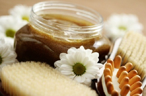 Holiday Gift Pick: DIY Body Scrub