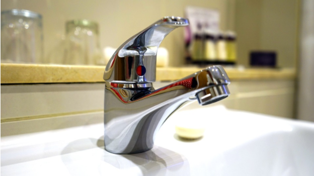 Guest Post: 6 Ways to Handle Emergency Plumbing Issues